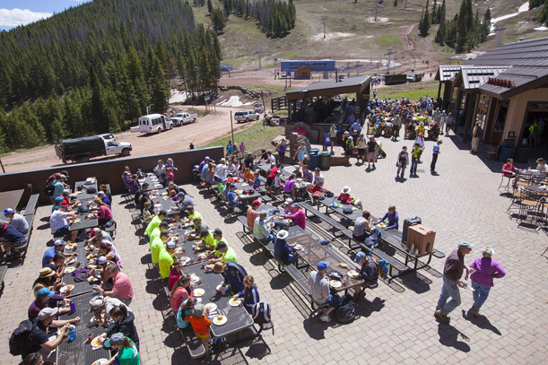 Free lunch for volunteers at the Vail Mountain Cleanup